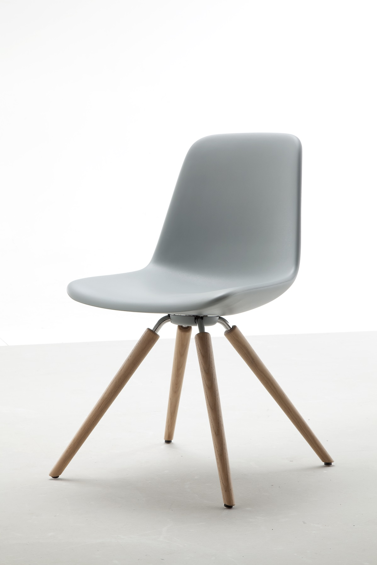 Step dining chair