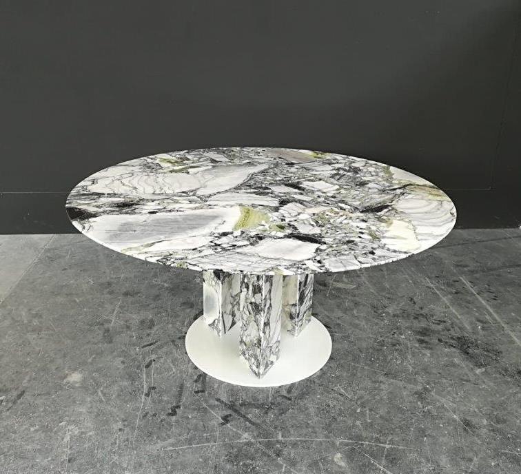 Alba dining table